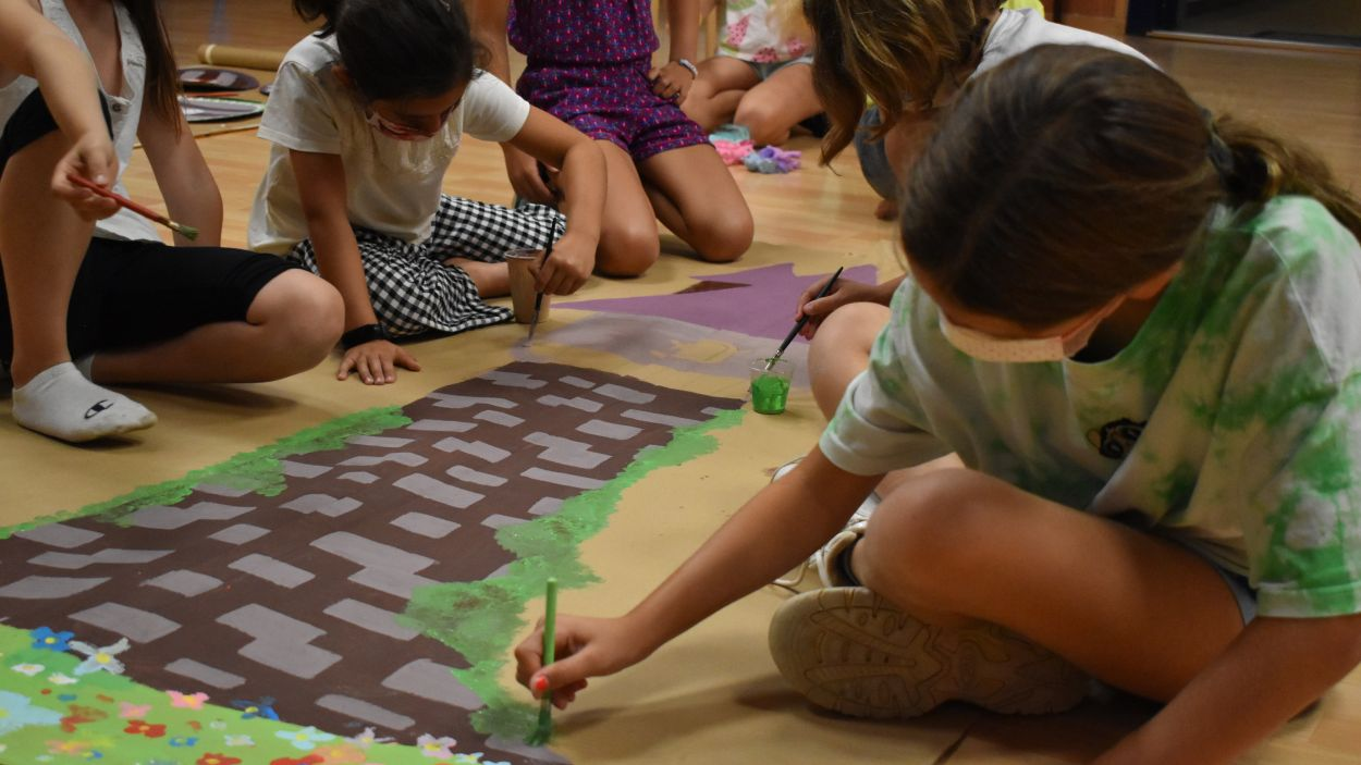 Les alumnes del Teatre Musical Aula de So han preparat dos videoclips / Foto: Cedida