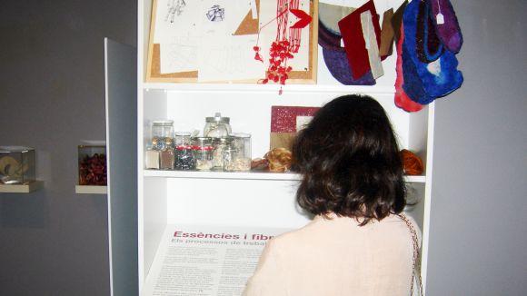 'Pinzellades' a la destacada trajectòria artística d'Aurèlia Muñoz