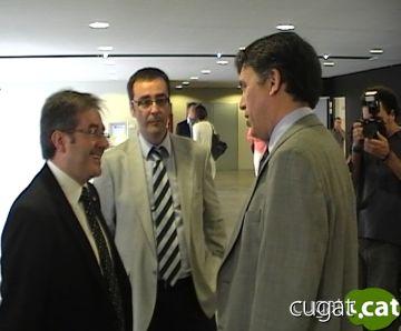Visita del conseller de Governació a l'ajuntament per signar un conveni amb Ono