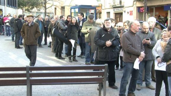 Desenes de santcugatencs s'autoinculpen pel 9N als Jutjats de Guàrdia de Rubí
