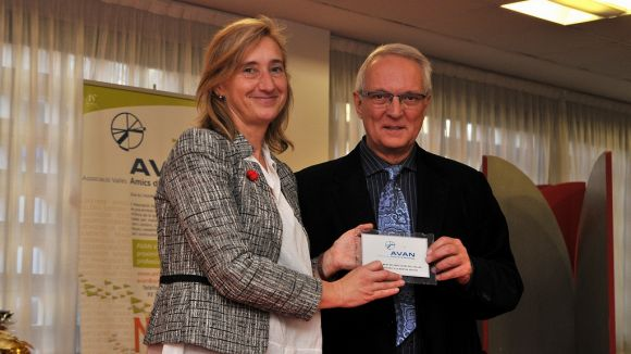 AVAN reconeix el suport de l'Ajuntament a persones amb malalties neurològiques