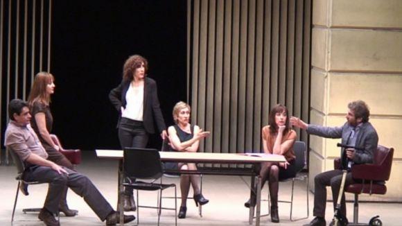 Els fantasmes de la crisi s'exposen al Teatre-Auditori amb 'Aventura!'