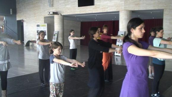 Les escoles de ball estrenyen vincles pel Dia Mundial de la Dansa