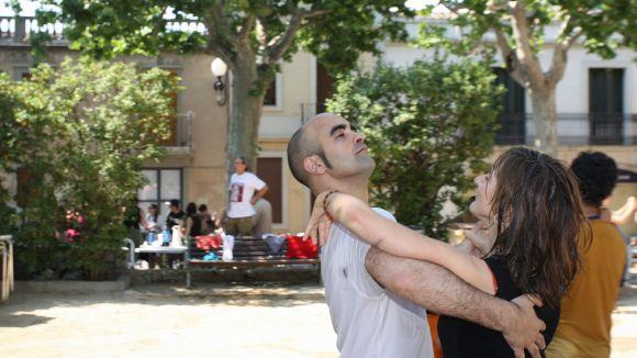La plaça d'en Coll proposa una tarda de ball i danses