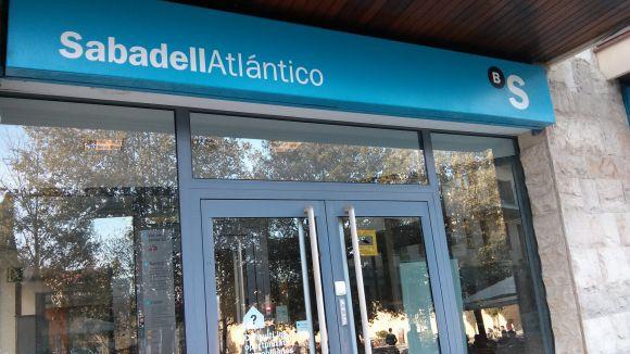 Sindicats de Banc Sabadell s'agafen als beneficis per rebutjar el possible ERO
