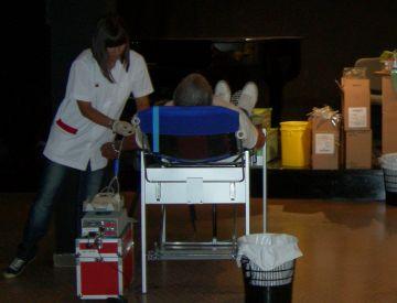 Una setantena d'assistents a la marató de donació de sang a la Casa de Cultura