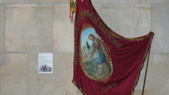 El Museu rep la bandera de Sant Medir