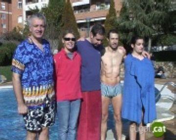 Cinc banyistes s'enfronten als set graus de l'aigua a la tercera 'Banyada Russa'
