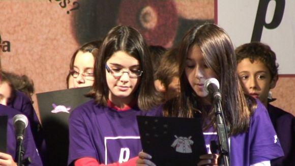 Els rapsodes més joves posen veu a la poesia de Francesc Garriga