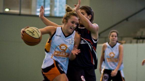 El Qbasket femení certifica la permanència guanyant a la pista del Martinenc