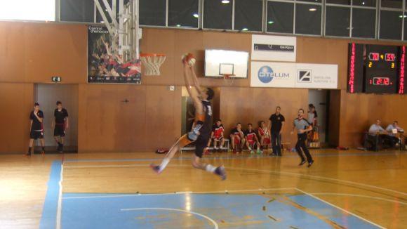 El QBasket Sant Cugat colpeja primer i supera per 13 punts el Nou Bàsquet Olesa
