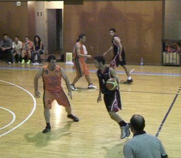 La UESC guanya a la difícil pista del Mataró