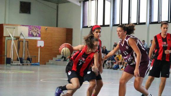 La UESC femenina perd contundentment a la pista del Sant Adrià B