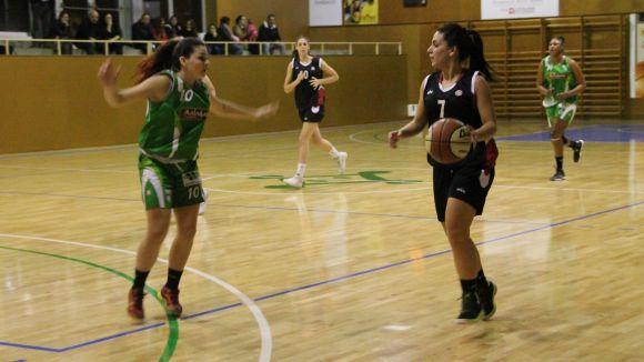 El femení de la UESC perd de set punts contra el Bàsquet Sant Gervasi
