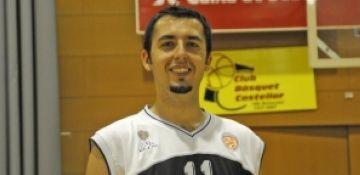Dzigal debuta amb bona nota en el triomf de la UESC contra el Quart