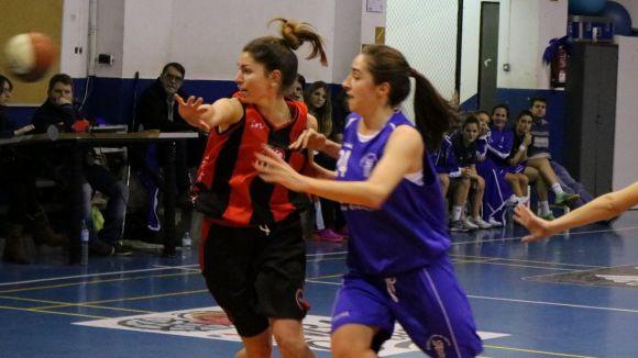 El Boet Mataró, líder, sotmet a un sever correctiu la Unió Esportiva Sant Cugat femenina