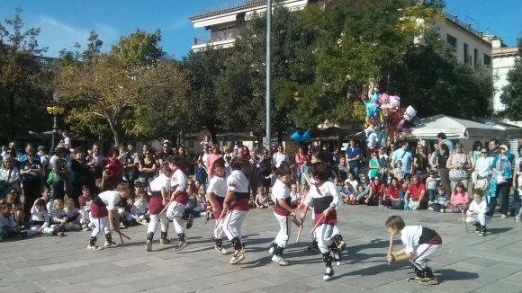 Els grups de cultura popular es fan el seu espai a la Festa de Tardor