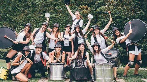Festa Major de les Planes: Cercavila amb Batucada BatuKeTumba