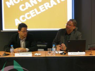 Una xerrada exposa els avantatges de la demoscòpia electrònica als empresaris de la ciutat