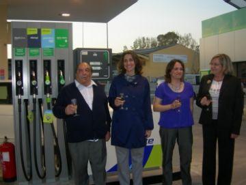 S'inaugura la remodelada benzinera de l'avinguda de Cerdanyola