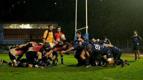 El Rugby Sant Cugat reacciona tard i suma una nova derrota a Galícia