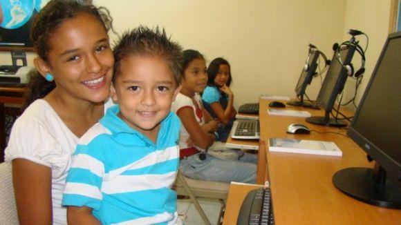 Solidaritat literària amb Costa Rica, gràcies a dues santcugatenques