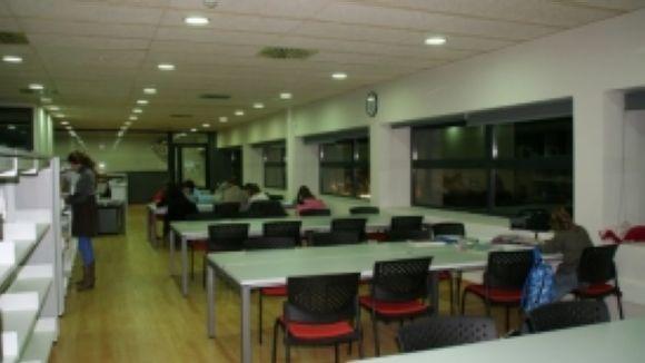 La biblioteca de Valldoreix amplia l'horari per als estudiants