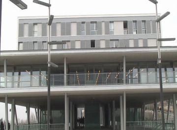 La nova biblioteca Marta Pessarrodona, a Mira-sol, funcionarà a l'abril