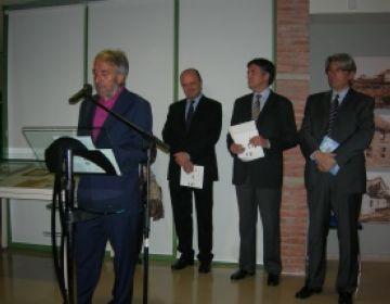 El galerista Josep Canals ha inaugurat la mostra de la Casa Aymat