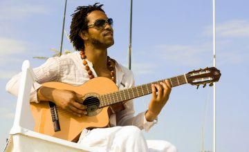 La música capverdiana sonarà avui al Cafè Auditori de la mà de Bino Barros