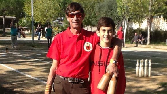 El Club Petanca Sant Cugat crea la secció de bitlles catalanes