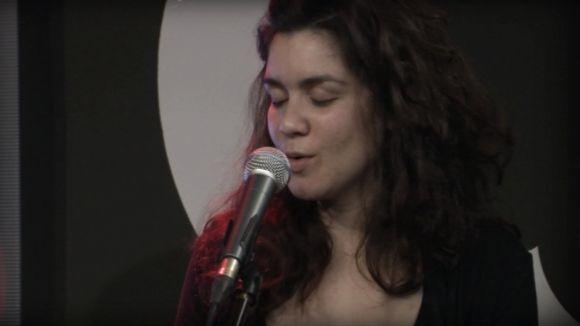 Teté Vieira és la vocalista del grup