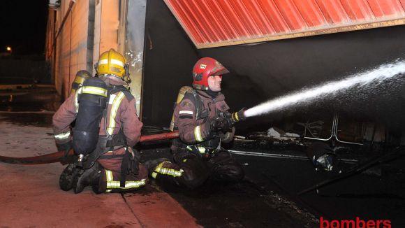 S'incendia part d'un habitatge a l'avinguda de Tarruell sense ferits greus