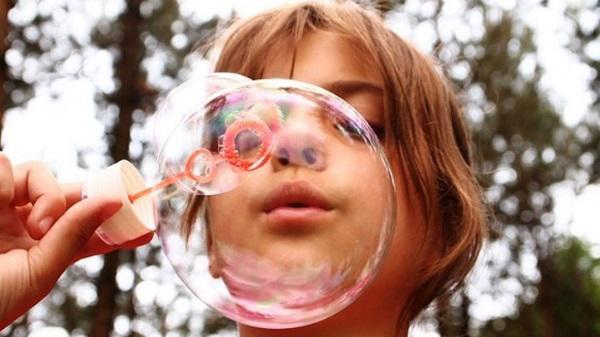 Diverdivendres: 'L'art de les bombolles de sabó'