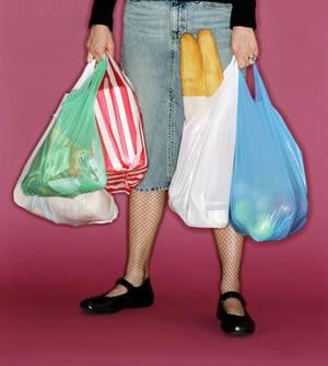 Sant Cugat se suma a la campanya per reduir el consum de bosses de plàstic