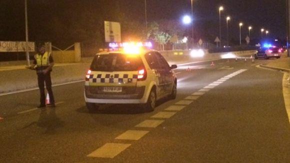 Agents de la Polícia Local adverteixen del tall de trànsit al carrer de Solà