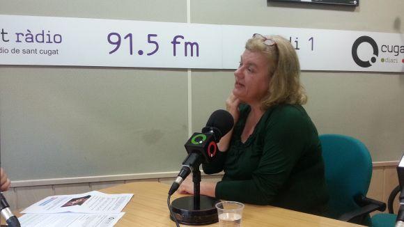Bridget Hunter a l'estudi Ramon Barnils de Ràdio Sant Cugat / Foto: Cugat Mèdia