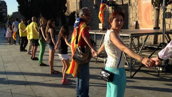 La Via Santcugatenca enllaça 2.500 persones per la independència