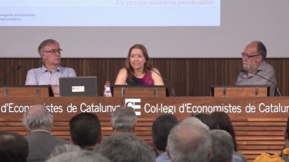 L'associació per a la nova Caixa Catalana, amb santcugatencs, crearà una cooperativa de crèdit