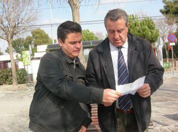 Joan Calderon, a l'esquerra, i Jaume Massanés a la roda de premsa a les Planes