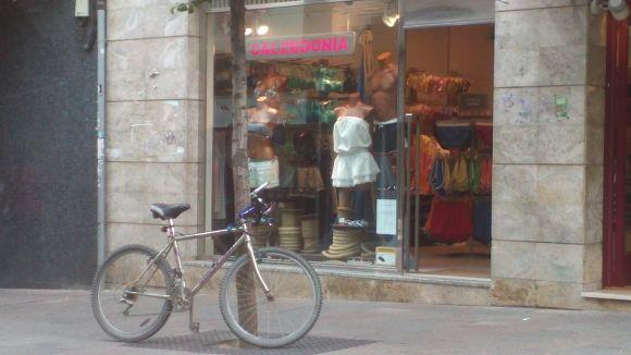 L'actual botiga de Calzedonia a Sant Cugat