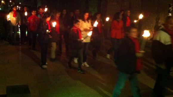 100 caminants rememoren el recorregut dels assassins de l'abat Biure