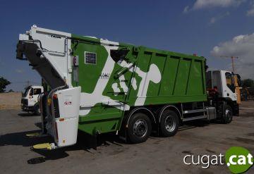 Sant Cugat disposa d'un nou camió recol·lector de residus
