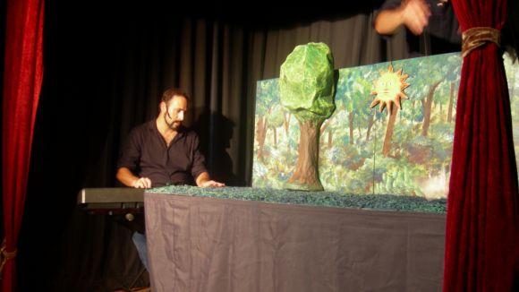 Can Ninot és l'escenari de la representació titellaire de Els Tres Porquets aquest diumenge