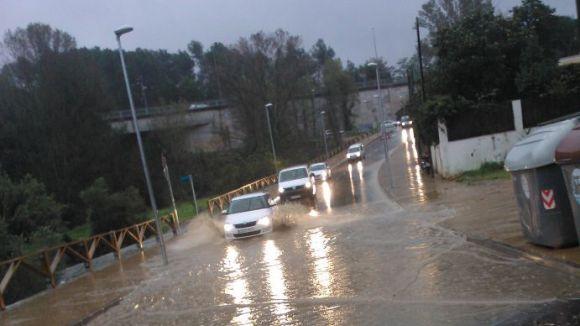Els dies de pluja intensa el camí de Can Pagan pateix inundacions / Foto: Cedida per la uaSC