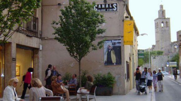 La Canals Galeria d'Art reclama la supressió de l'IVA del 21% amb un manifest