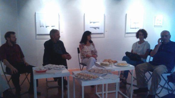 El color blanc omple la Canals Galeria d'Art en la inauguració del nou curs