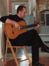 Moment del recital a la galeria Canals