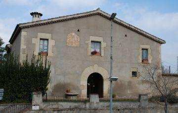 Minyons Escoltes i Guies de Catalunya rehabiliten la masia de Can Cadena