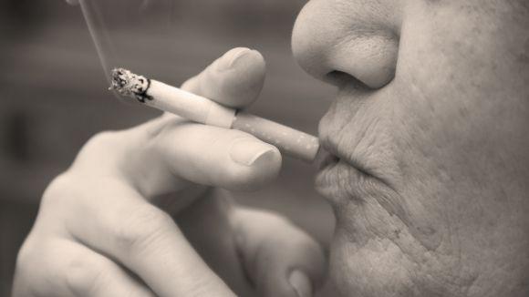 El càncer de pulmó superarà el de mama en dones el 2020, segons un estudi de la UIC